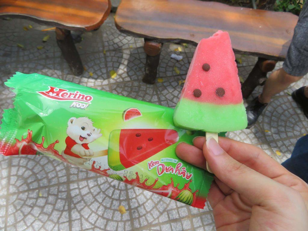 スイカのアイス